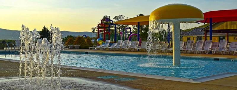 splash-pad-jellystone-park-virginia-camping
