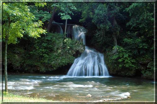 watefall-at-shenandoah-valley-campground-in-verona