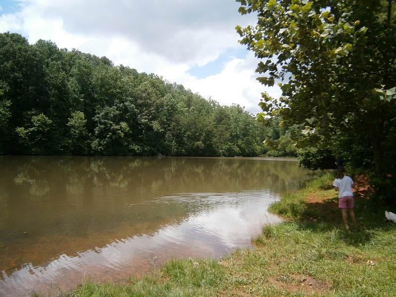 fishing-at-deer-run-campground-in-virginia