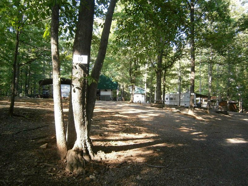 rv-site-at-deer-run-campground-in-virginia