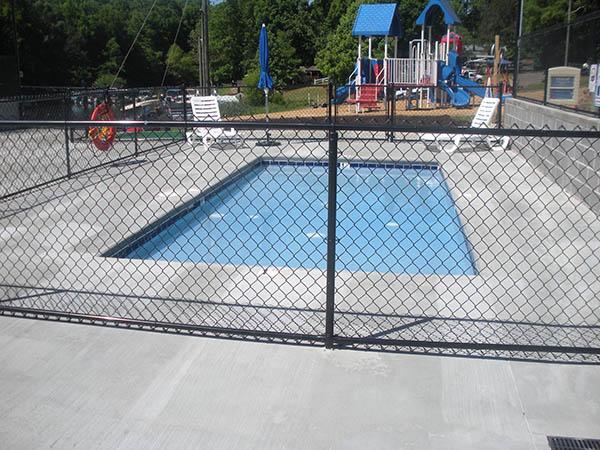 061316-swimmingpool2