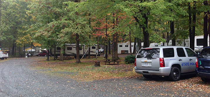 camp-sites-in-virginia-at-hillwood-camping-park