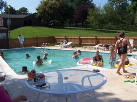 Misty mountain camp resort virginia campgrounds - Camping with swimming pool near me ...