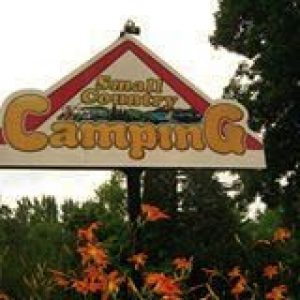 Small Country Campground entrance sign