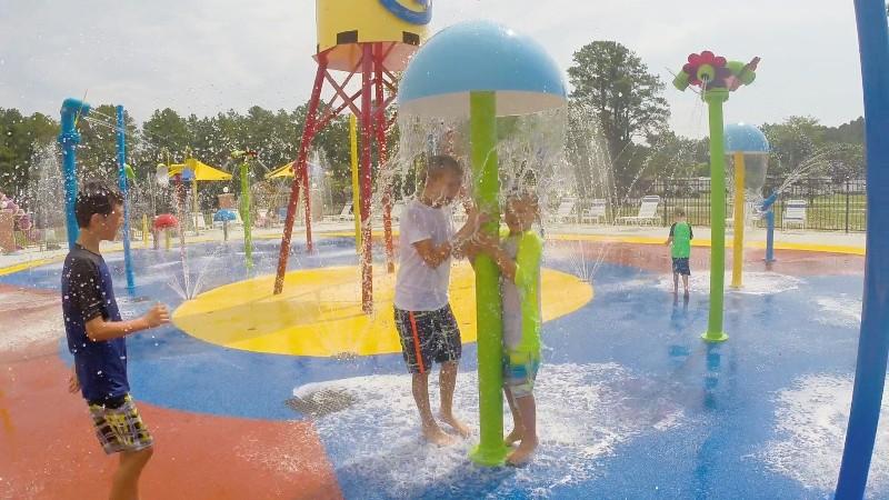 boys-in-waterpark