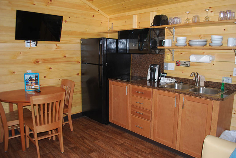 8-CABINS-Cooking-area-002